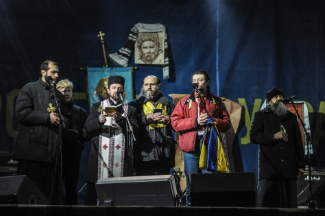 ©  Jakub Szymczuk Catholics, protestants, orthodox... all together at the stage praying for the future of the country